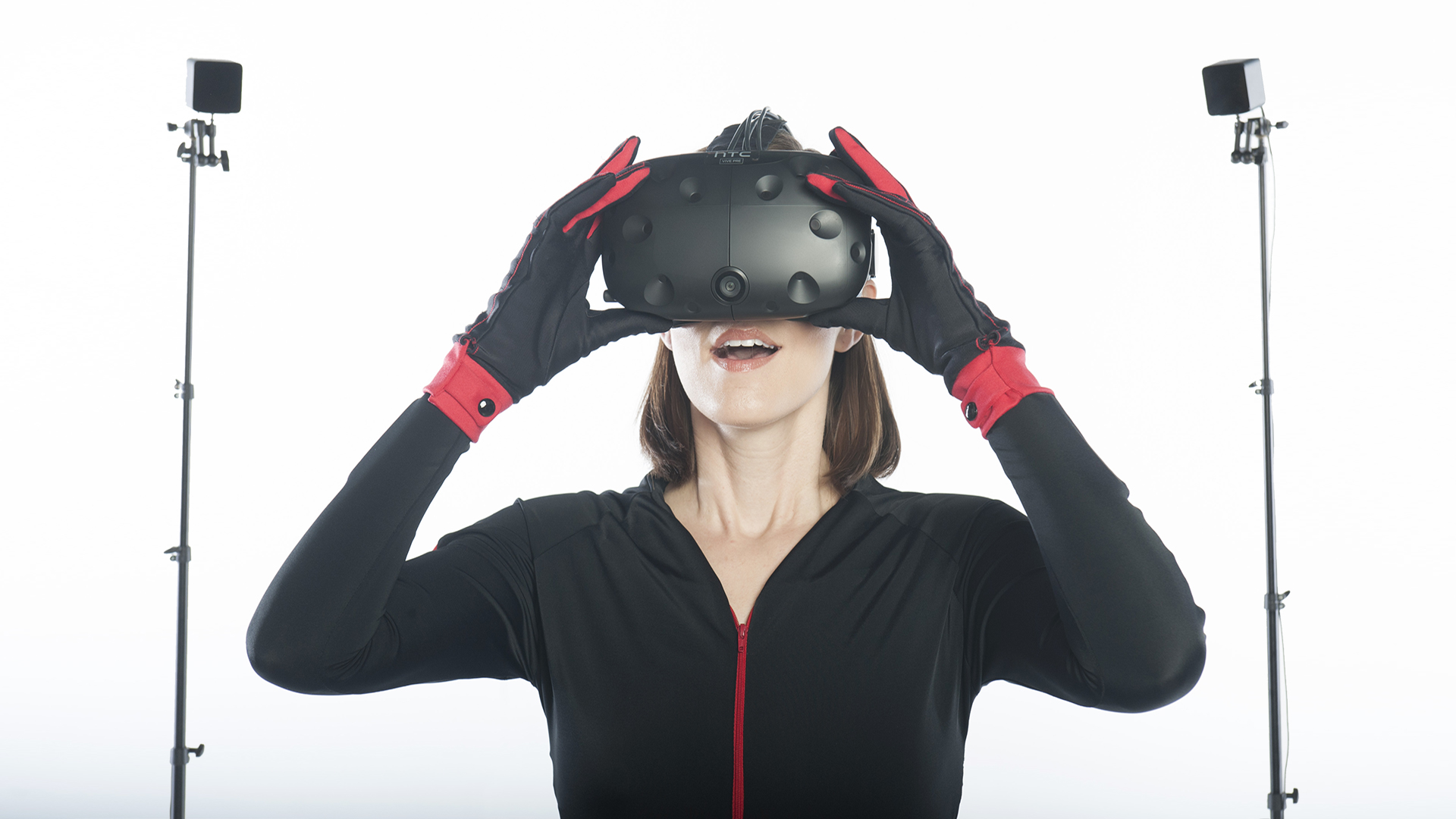Inertial Motion Capture Suits and Gloves in Augmented Reality and Virtual Reality